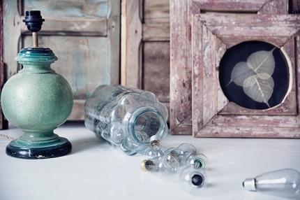 gron lampa forvaring glasburk snygga tavelramar Born-Collector-©-Anna-Malmberg-7