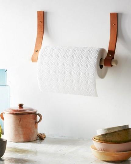pappershållare av läder