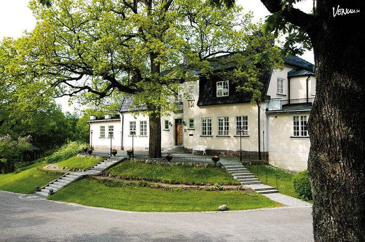 da90a2015b4e Den 100 år gamla herrgården på Balingsholms Kursgård.