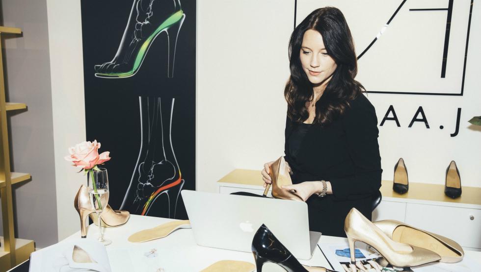 Stina Andersson gör bekvämare skor för kvinnor