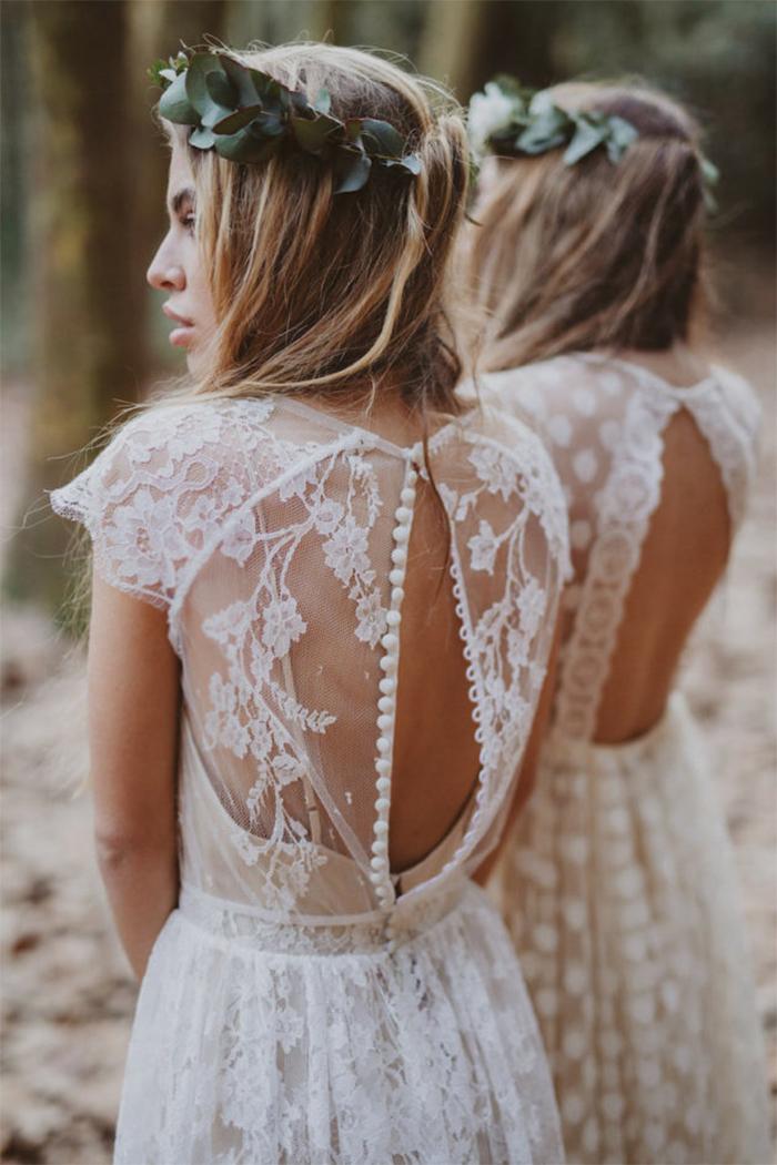 585555bc40d8 8 vackra brudklänningar i bohemisk stil som vi drömmer om just nu   ELLE