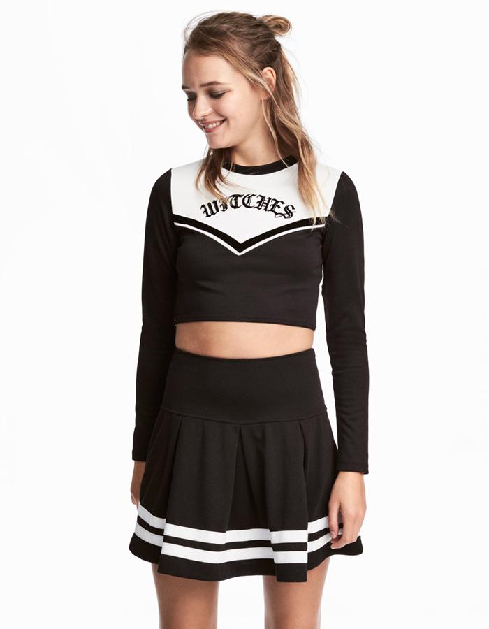 Halloweenkonstym från H M föreställande en cheerleader. 7596efc5d6549