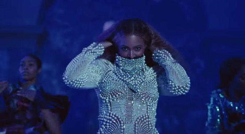 Beyonce iklädd Balmain i nya musikvideon Apeshit.