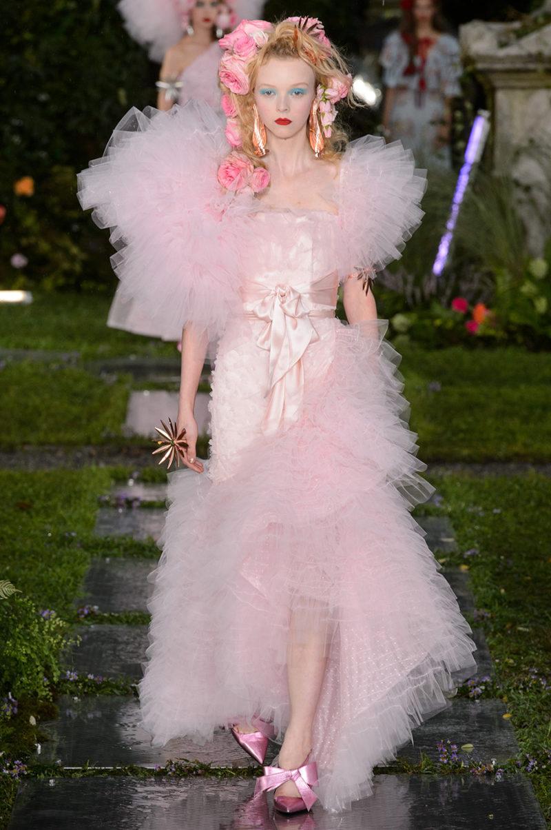 ELLEs moderedaktör listar  8 höjdpunkter från New York Fashion Week ... 03e6f8a0879