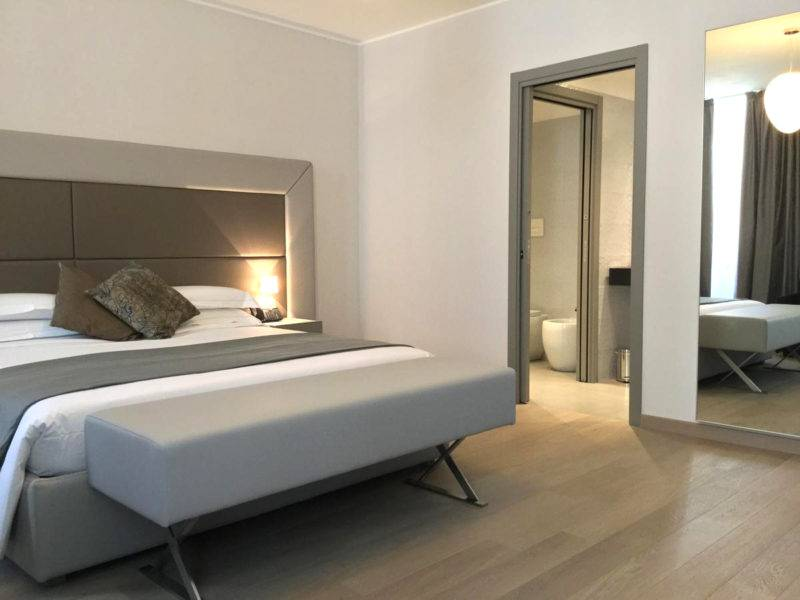 Stilrent sovrum på Clerici boutique hotel i Milano