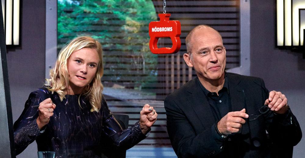 Ebba Hultqvist och Samuel Fröler i På Spåret.
