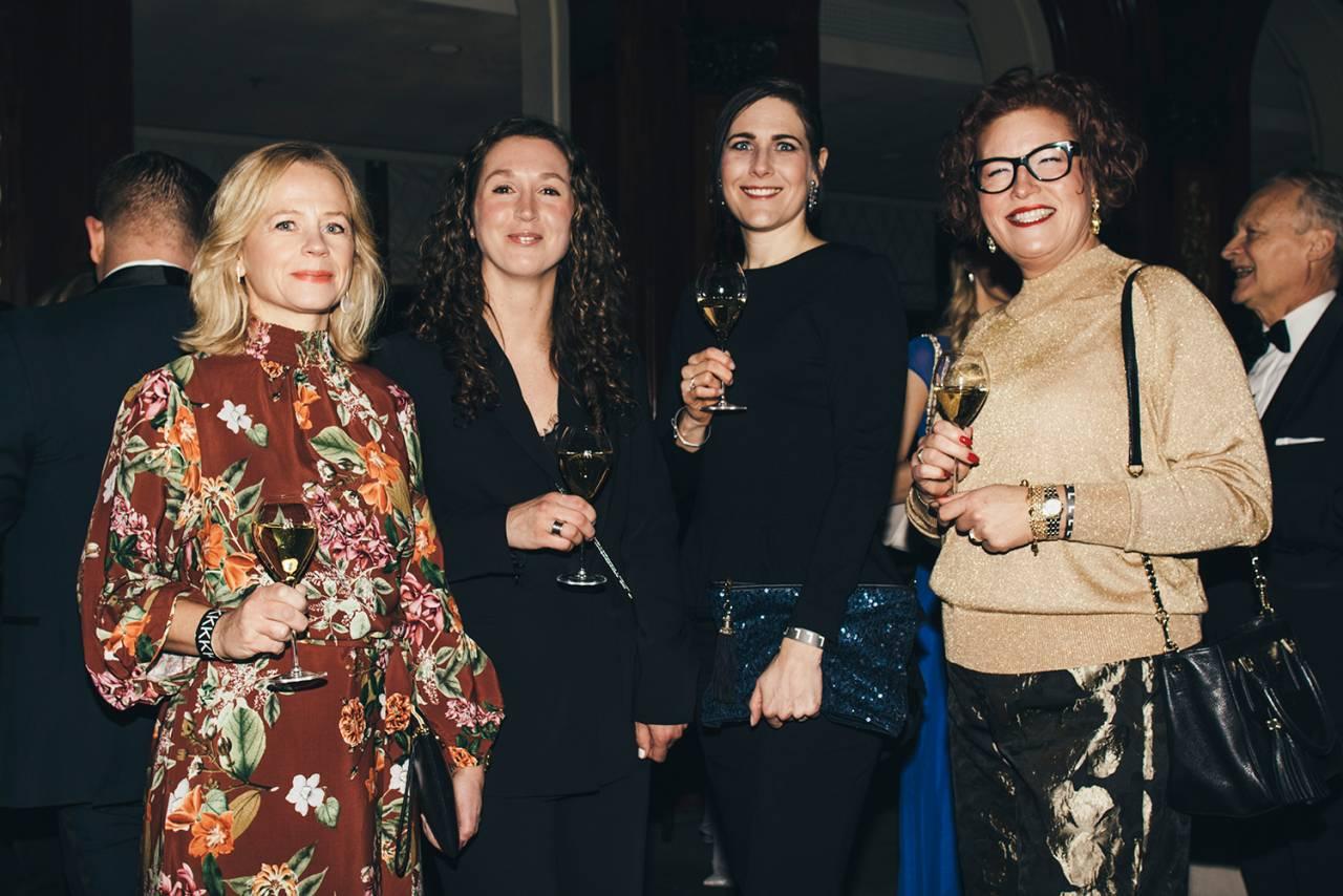 Louise Collin, Olivia Larsson, Sara Badman, Christine Dalman