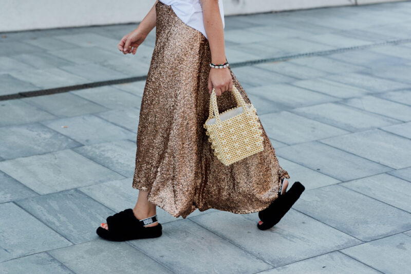 Streetstyle paris modevecka snygga sandaler från dior