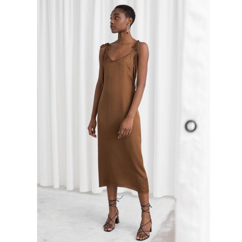 Brun klänning från Stories