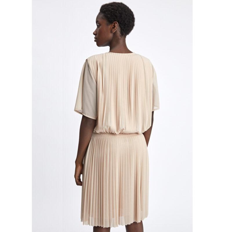 6b4b6a117b0b Trendigt och tidlöst! 15 klänningar i naturnära färger | Femina