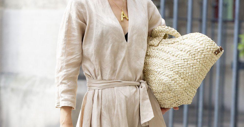 Bästa (och värsta) materialen i kläder i sommarvärmen