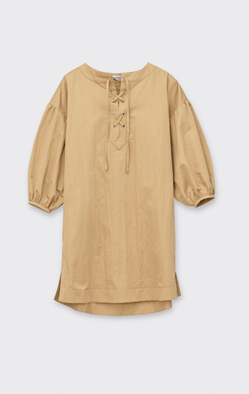 Beige klänning från Rodebjer