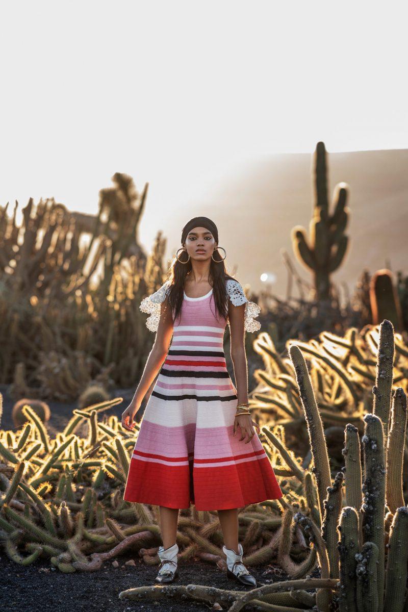 Mönster, färg och sportinfluenser, mönstrad rosa/rödklänning från JW Anderson