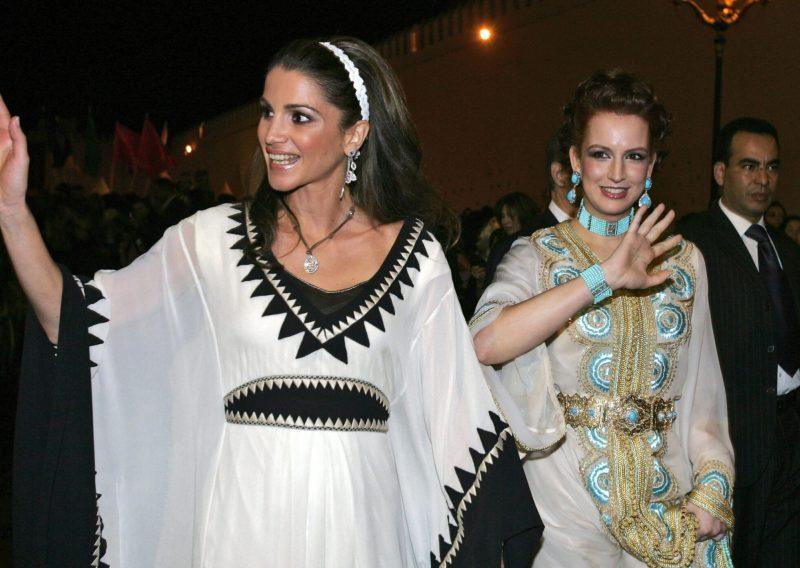 Prinsessan Lalla Salma och drottning Rania iklädda kaftaner