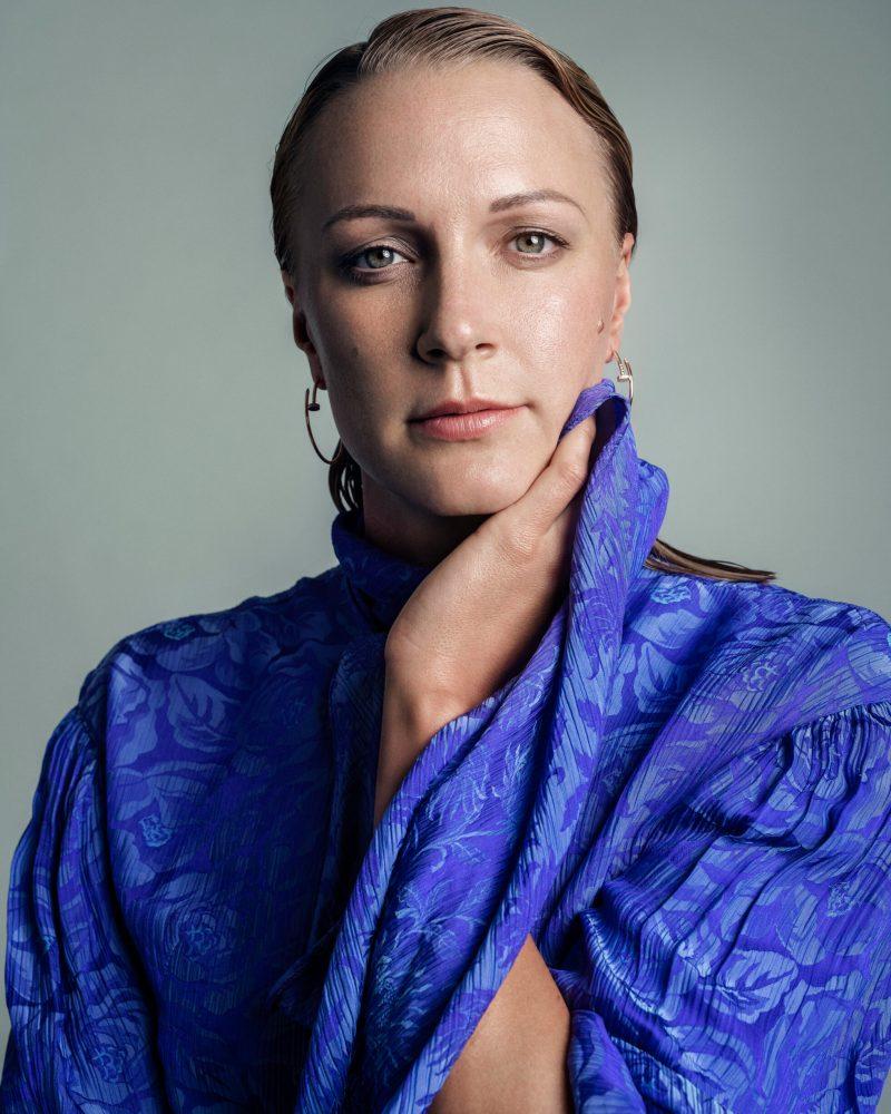 VM-aktuella Sarah Sjöström i exklusiv intervju i ELLE, klänning från Chloé