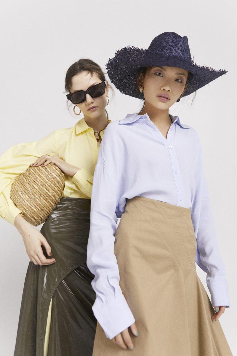 Så lyfter du din vardags- och festlook med en hatt, kjol och örhängen från Christian Dior