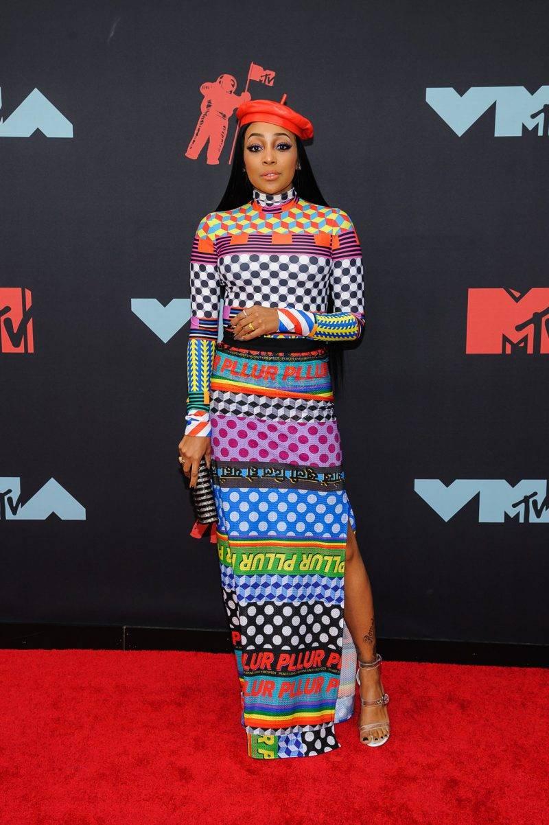 Monica på röda mattan på VMA 2019