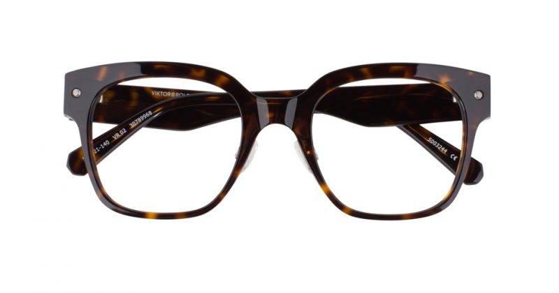 Stora fyrkantiga bågar solglasögon från från Viktor&Rolf x Specsavers