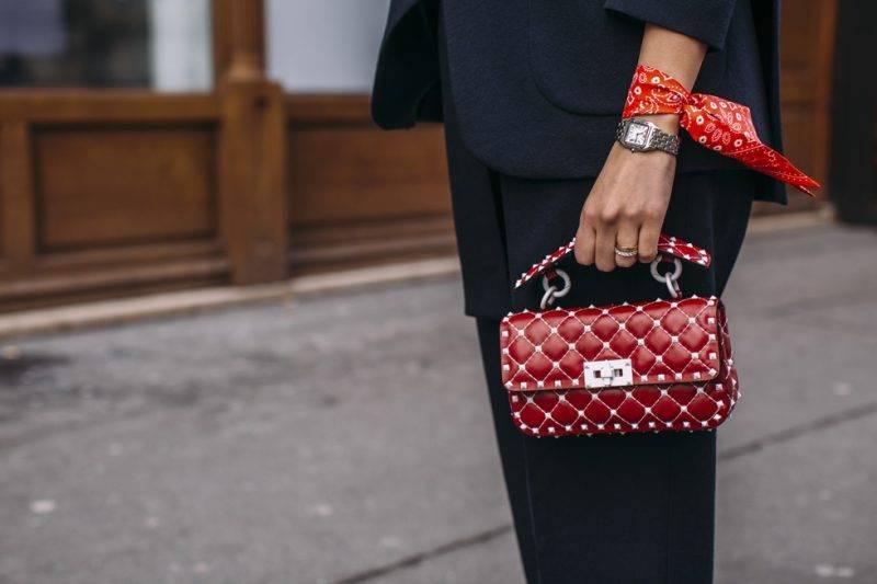 """Röd Valentinos """"Rockstud"""" väska"""