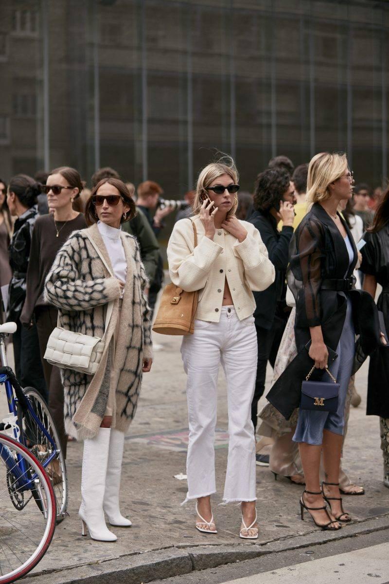 Milano Fashion Week Streetstyle SS20. Folkmassa under Milano Fashion Week.