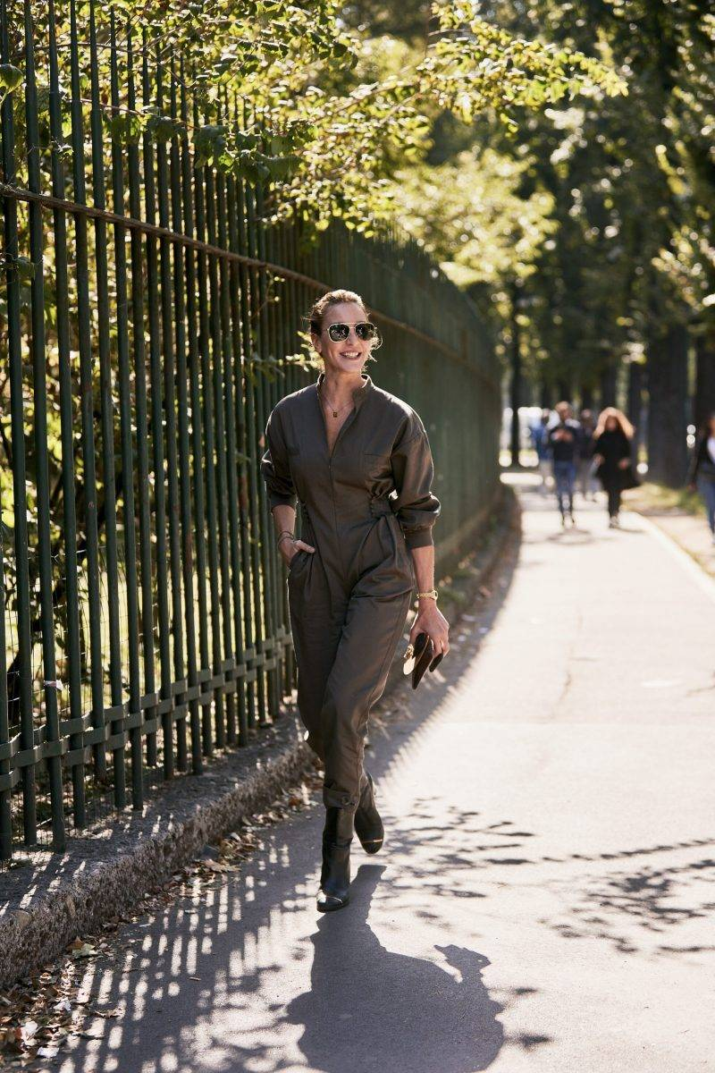 Milano Fashion Week Streetstyle SS20. Militärinspirerad look.