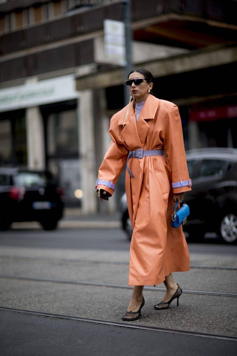 Milano Fashion Week Streetstyle SS20. Orange kappa.