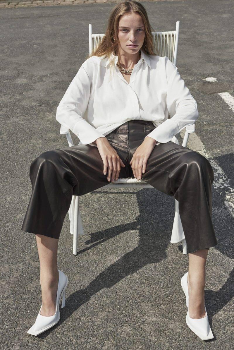 Hösttrend 2019, styla med skinnplagg - så stylar du skinnbyxan