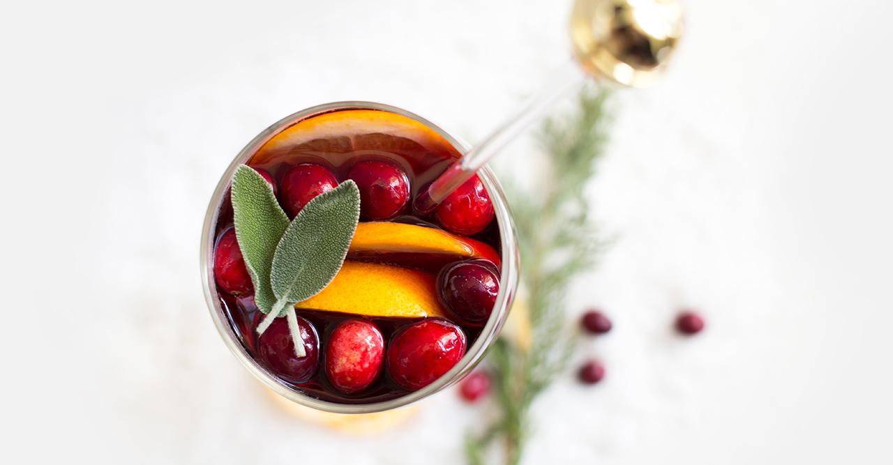 Nu kommer årets Gin och tonic-glögg! Så smakar den