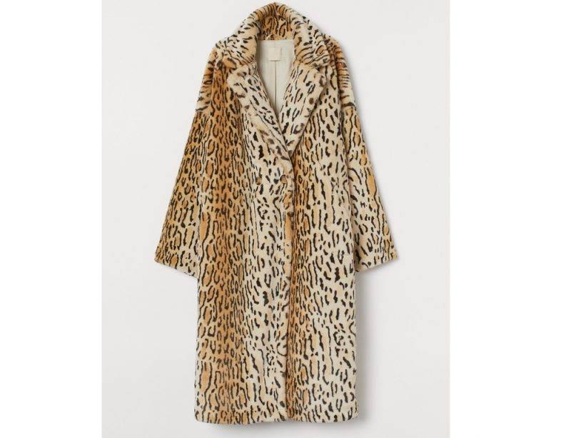 Leopardmönstrad fuskpäls i lång modell från H&M