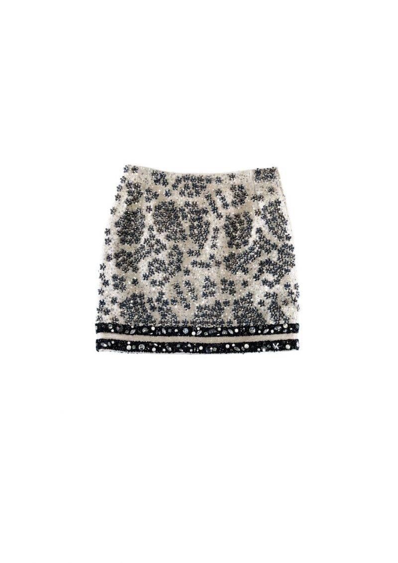 Kjol med arbetade pärlbroderier från Giambattista Valli x H&M. Klicka hem kjolen här.