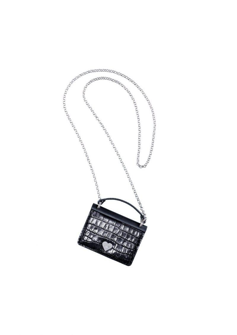 Gullig väska med lång silverkedja från Giambattista Valli x H&M. Klicka hem väskan här.