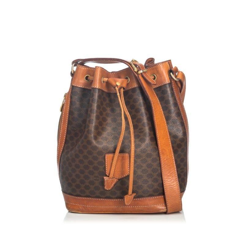 En vacker vintage väska från old Cèline.