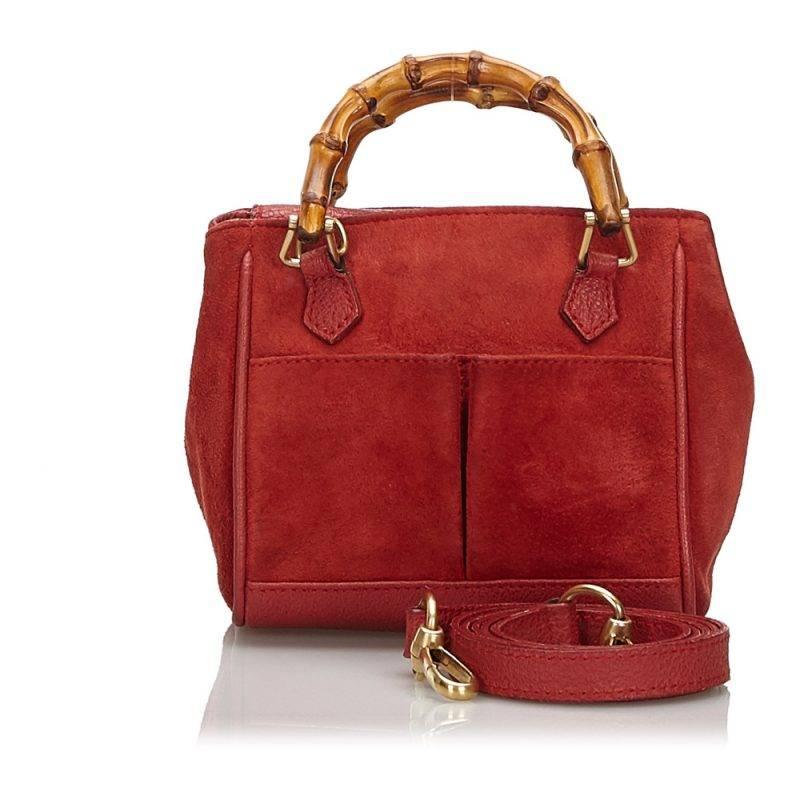 Röd vintageväska från Gucci.
