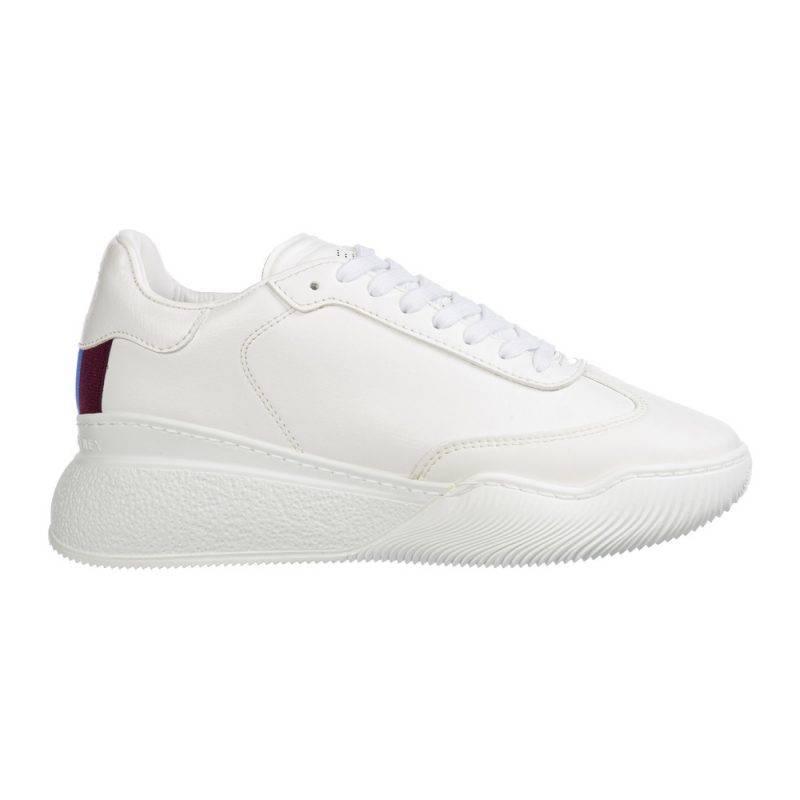 Rejäla sneakers i vitt med färgad detalj från Stella McCartney.