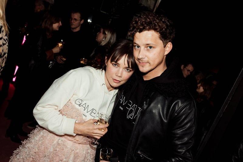 Hedda Stiernstedt och Charlie Gustafsson Giambattista Valli x H&M i Stockholm
