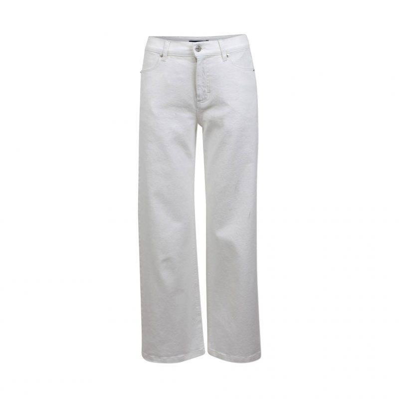 Vita jeans i lös, avslappnad modell från Baum und pferdgarten.