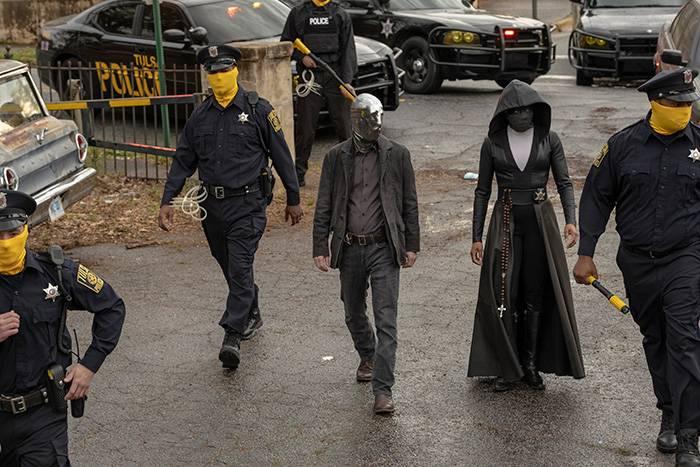 En bild från tv-serien Watchmen, som du kan se på HBO.