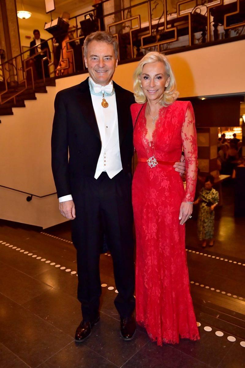 Carl-Henric Svanberg och Louise Julian på Nobel 2019