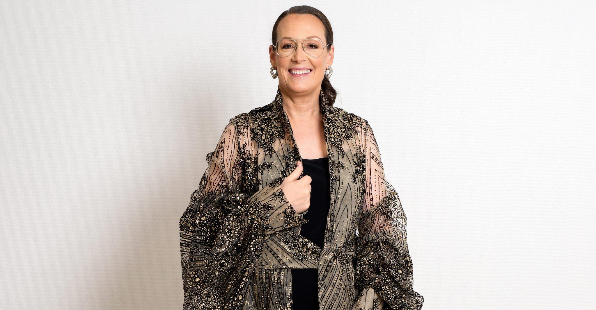 ELLEs Cia Jansson i klänning från Selam Fessahaye på Nobel