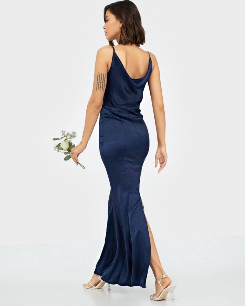 Mörkblå långklänning bal och bröllop