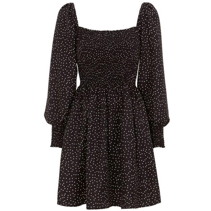 Smockad klänning