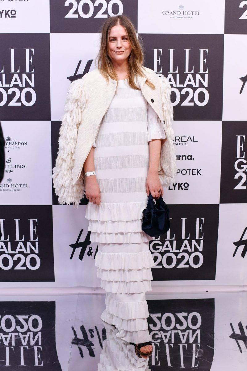 Sofia Wood på röda mattan på elle-galan 2020