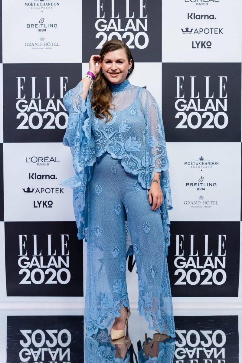 Linnea Henriksson på röda mattan på elle-galan 2020