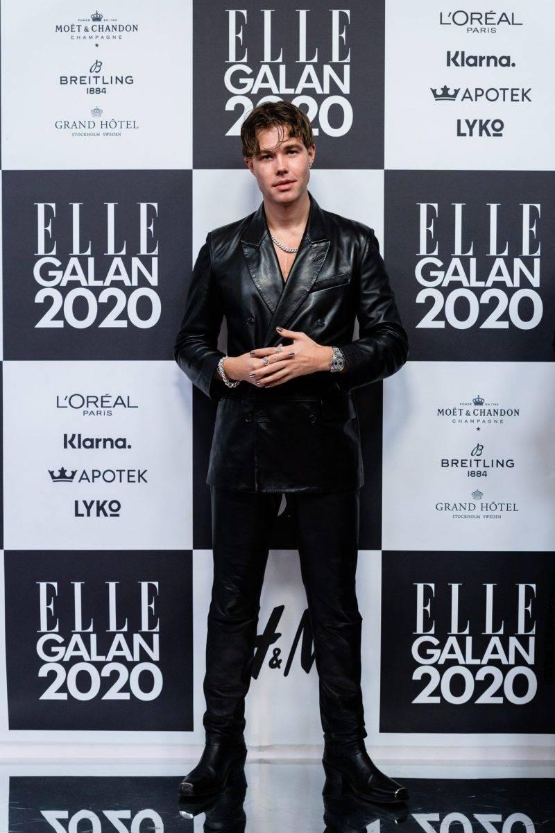 Andreas Wijk på röda mattan på elle-galan 2020