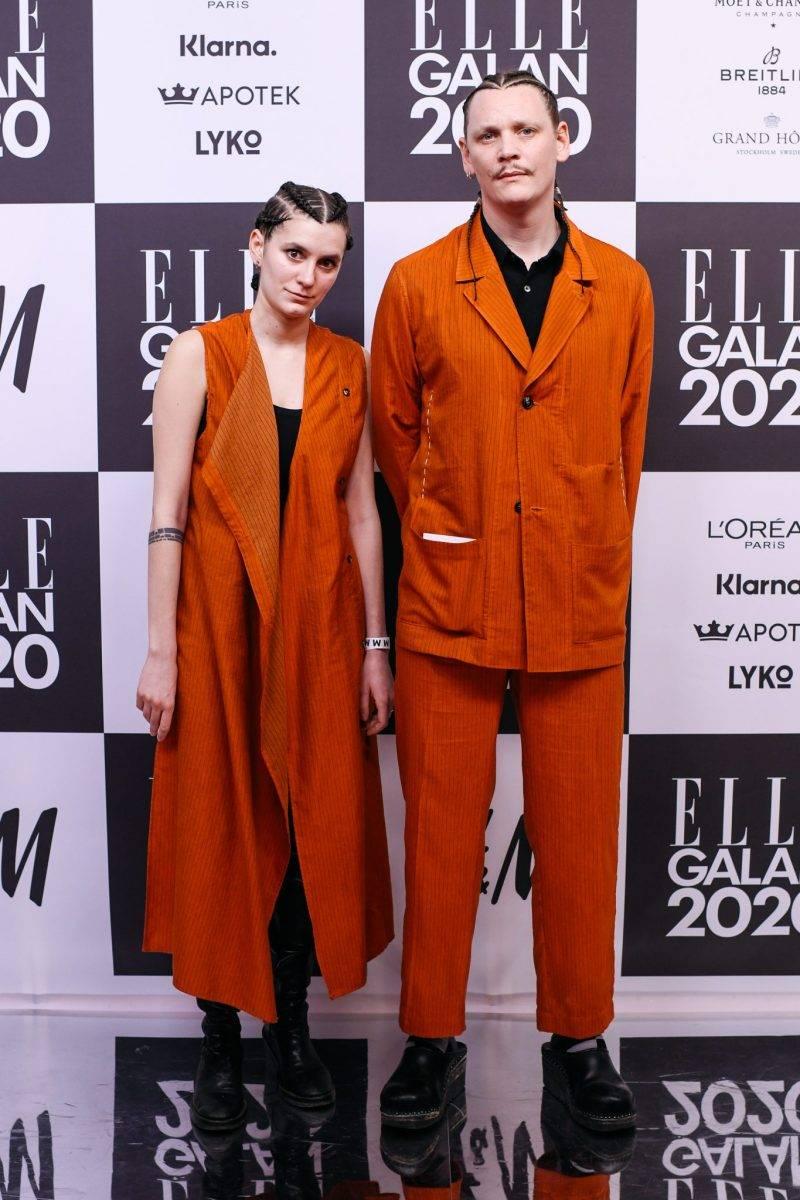 Johannes Adele på röda mattan på elle-galan 2020