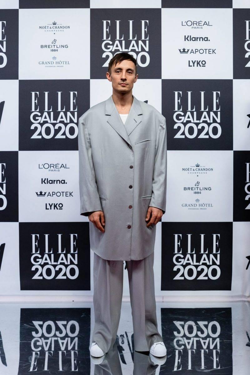 Daniel Adams-Ray på röda mattan på elle-galan 2020