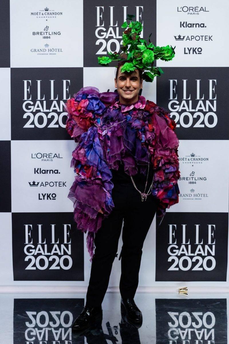Daniel Paris på röda mattan på elle-galan 2020