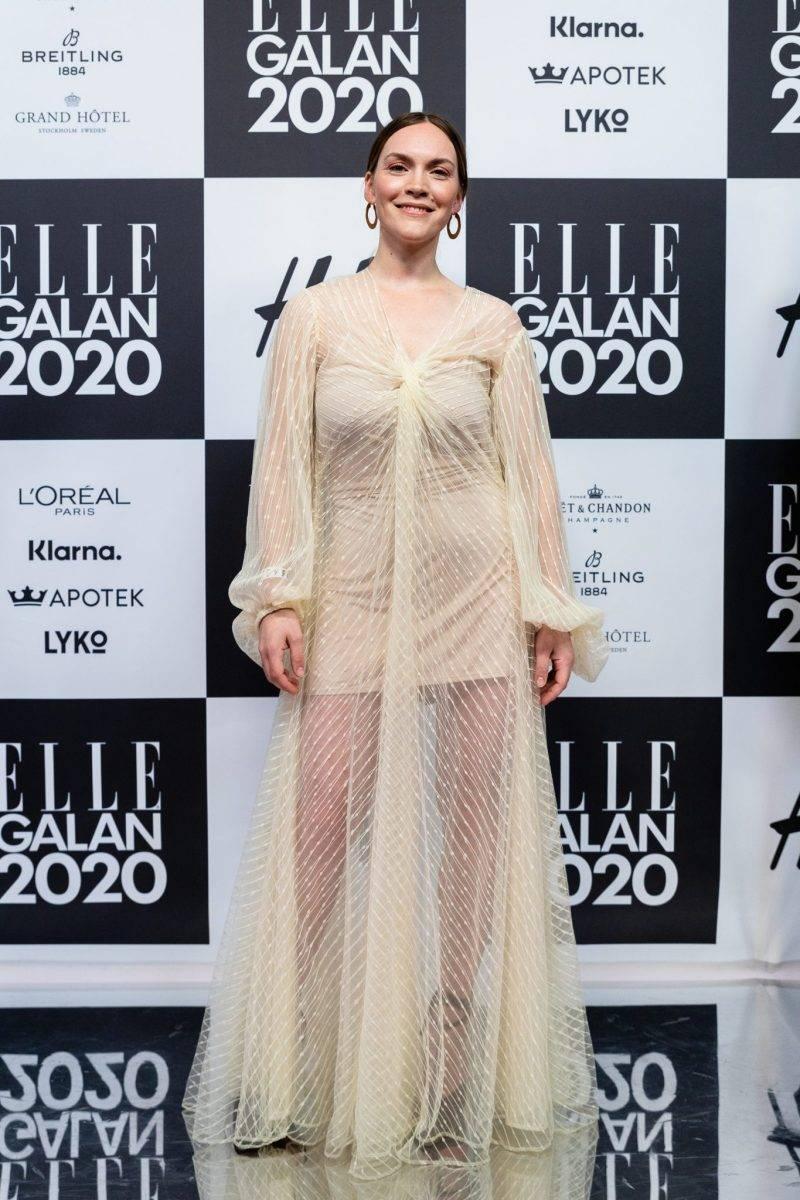 Brita Zackari på röda mattan på elle-galan 2020