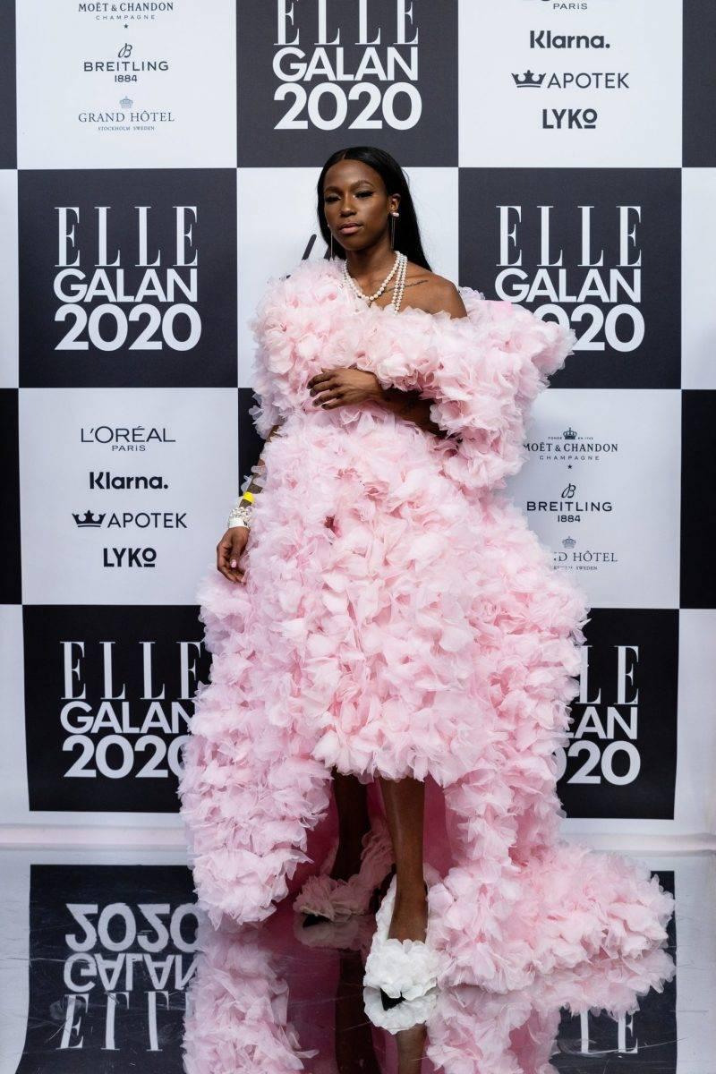 Sabina Ddumba på röda mattan på elle-galan 2020