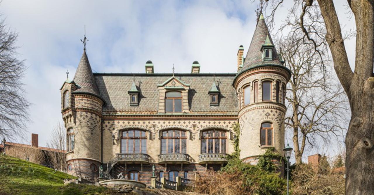 Pampiga slottet gör succé på Hemnet – kika in!